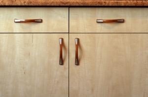 cupboard-1168603-1279x846