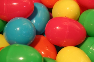 egg-pile-1195903-1279x852